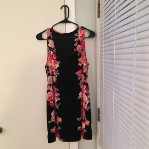 Forever 21 Women's Floral Dress Size Large